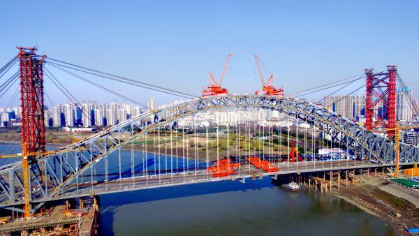 武汉第七座汉江公路桥——汉江湾桥贯通预计今年5月通车